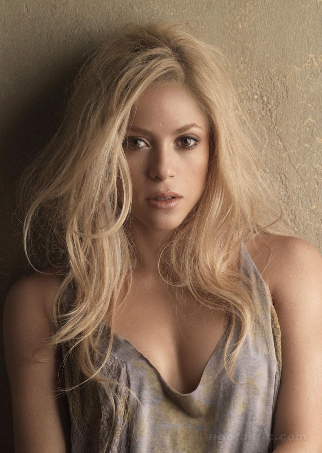Shakira promo2