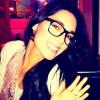 Amelia Vega con anillo