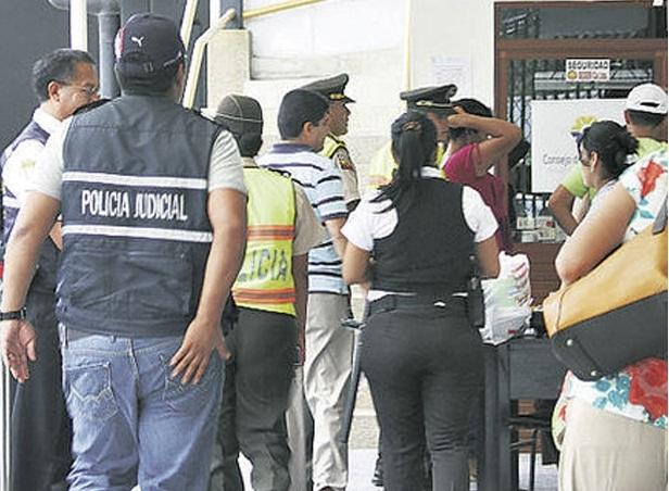 lesbiana en ecuador: