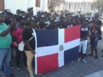 Haitianos-dominicanos2
