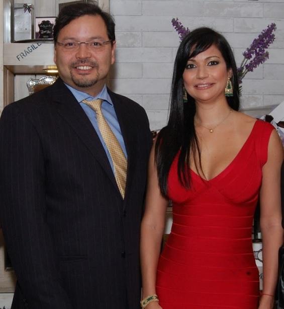 Gabriel Jimenez Aray junto a Yomaly Fernandez