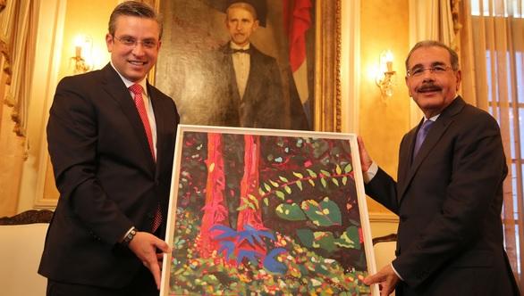 Danilo Medina con el gobernador de Puerto Rico