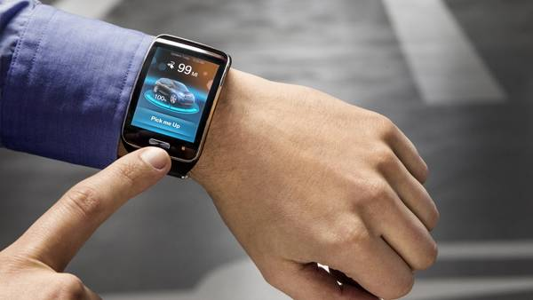 momento-marcharse-conductor-vehiculo-smartwatch_CLAIMA20150506_0820_28