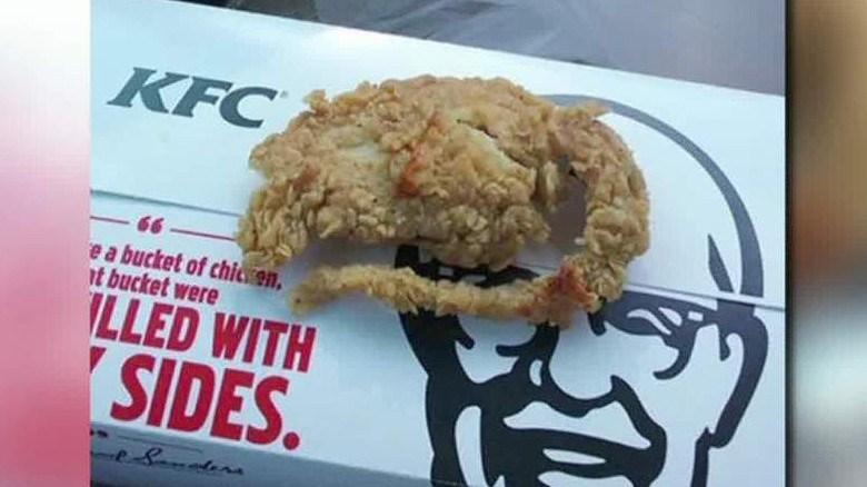 150616200501-kentucky-fried-rat-erin-pkg-moos-00014024-exlarge-169-rata-cnnespano-pollo-frito