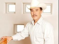 Pedro Rivera trae su bachata norteña desde México