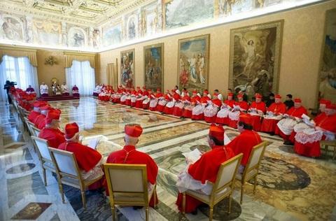 Cardenales reunidos