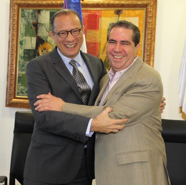 Ministros de Cultura y Turismo