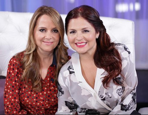 Nuria y Tania Baez
