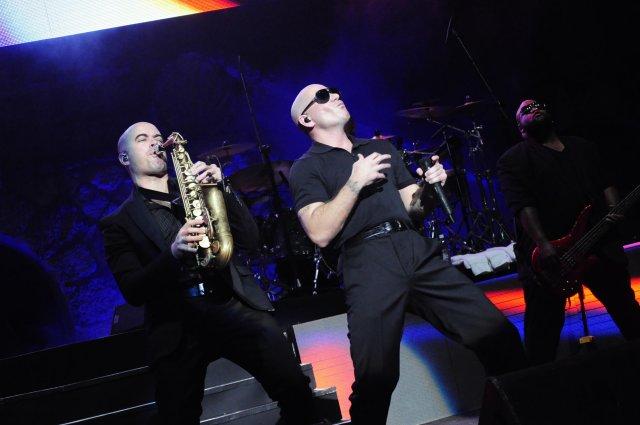 Pitbull en Altos de  Chavon (4)