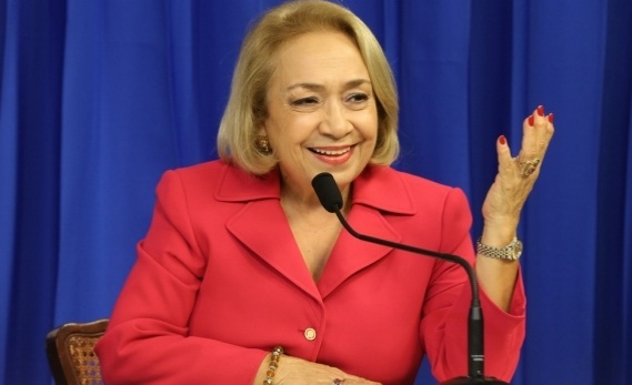 Alma Fernandez